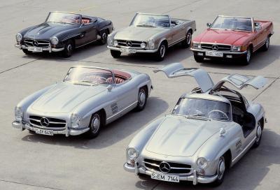 Mercedes, l' SL compie 60 anni