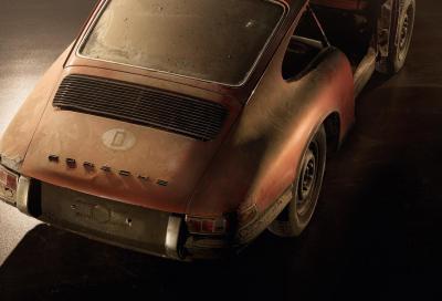 La Porsche 911 numero 57 trovata fra i rottami