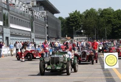Il passaggio della 1000 Miglia all'Autodromo Nazionale Monza