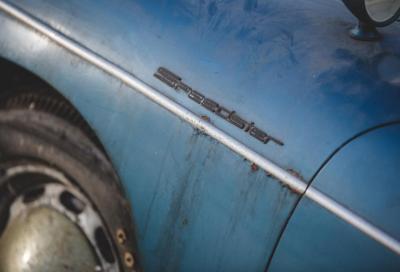 """Tornano le """"barn-find"""": all'asta una 356 Speedster ritrovata dopo 40 anni"""
