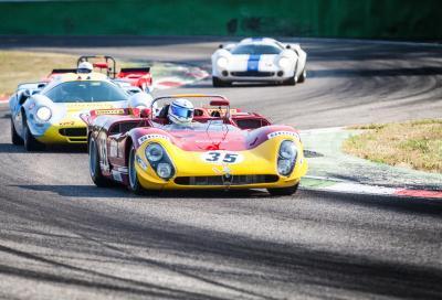 Auto da corsa e campioni in gara a Monza nel fine settimana