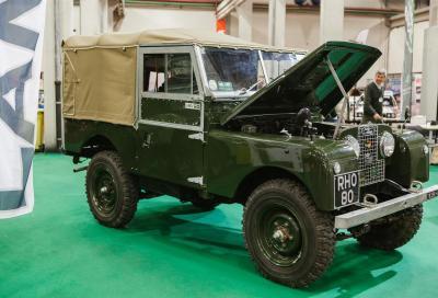 La leggendaria Land Rover celebra i suoi primi 70 anni ad Automotoretrò e Automotoracing