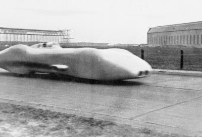 Ottant'anni di record: la Mercedes W 125 ispira l'auto elettrica da 800 km/h