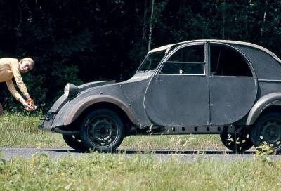 Scarpe grosse, cervello fino: Citroën 2CV, l'auto del contadino evoluto