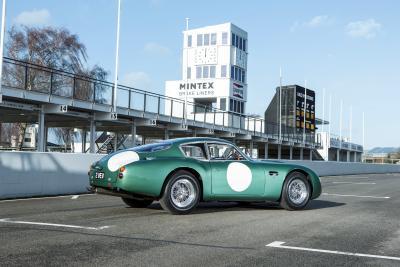 L'Aston Martin DB4 GT Zagato è stata la best-seller nell'anno record di Bonhams
