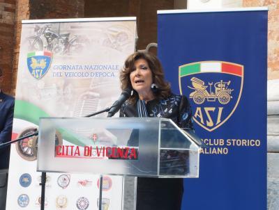 """Casellati a Vicenza: """"IL MOTORISMO STORICO E' UN PATRIMONIO CHE VA TUTELATO"""""""