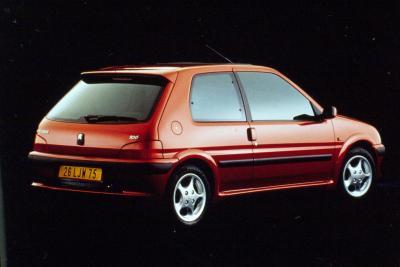 Peugeot 106 GTI, sedici valvole per divertirsi davvero
