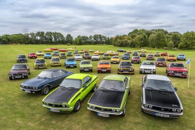 Proprio come 50 anni fa: Opel Manta festeggia al Timmendorfer Strand
