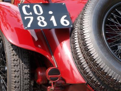 Più vicine le targhe originali per i veicoli storici