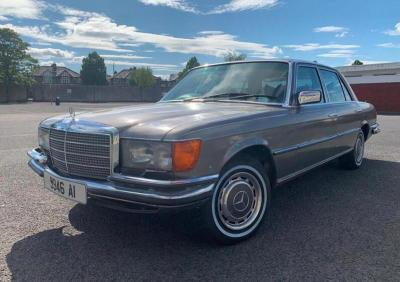 In vendita la Mercedes 450 SEL di Bono