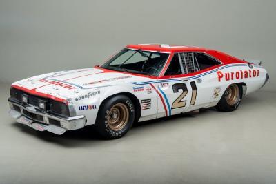 La NASCAR da 24 Ore: in vendita la Ford Torino per Daytona e Le Mans!