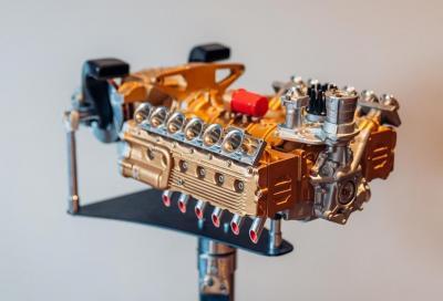 Ecco come appare un V12 Ferrari in miniatura