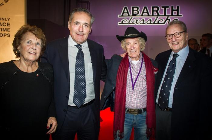Da sinistra: Anneliese Abarth, Alfredo Altavilla (Chief Operating Officer, EMEA Region, Fiat Chrysler Automobiles), Arturo Merzario (pilota) e Achille Gerla (organizzatore della Vernasca Silver Flag)