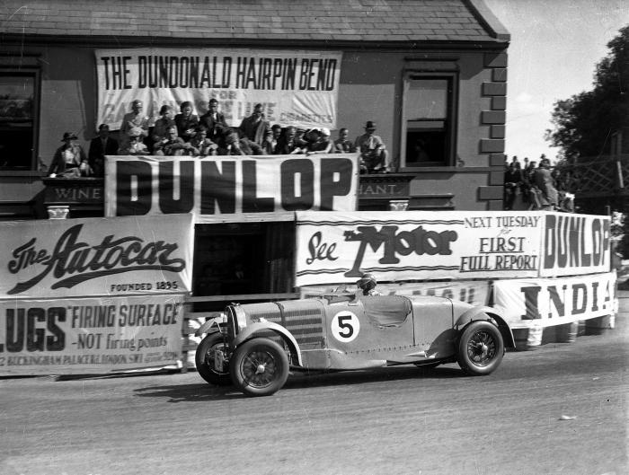 bugatti 57 in gara con Earl Howe