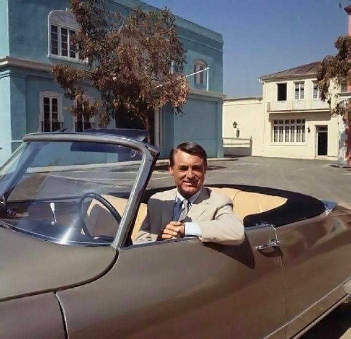 Cary Grant al volante della DS19 Decapotable.