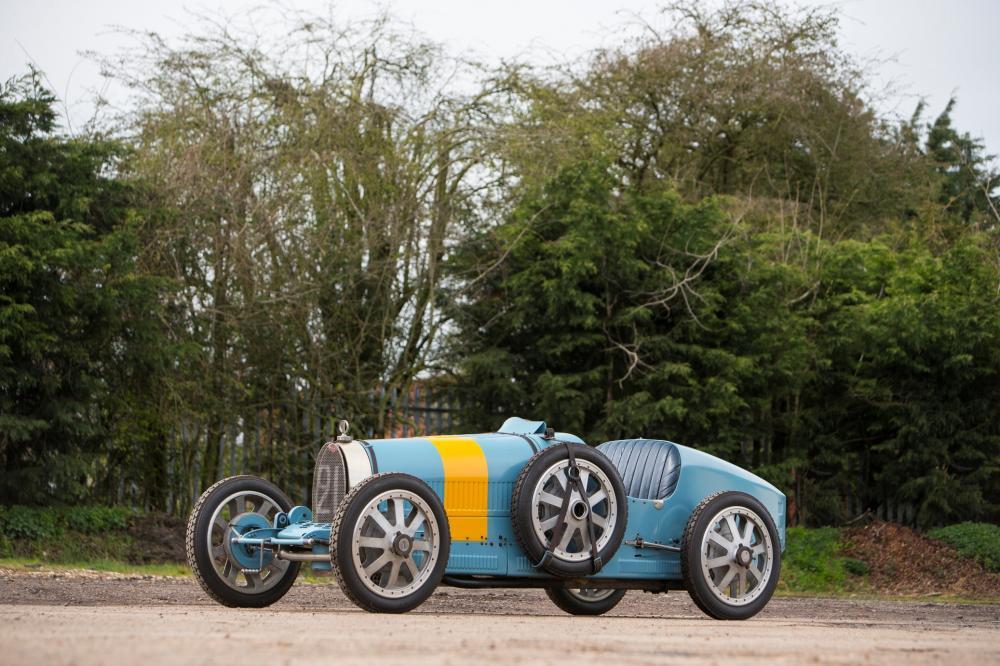 Bugatti 43
