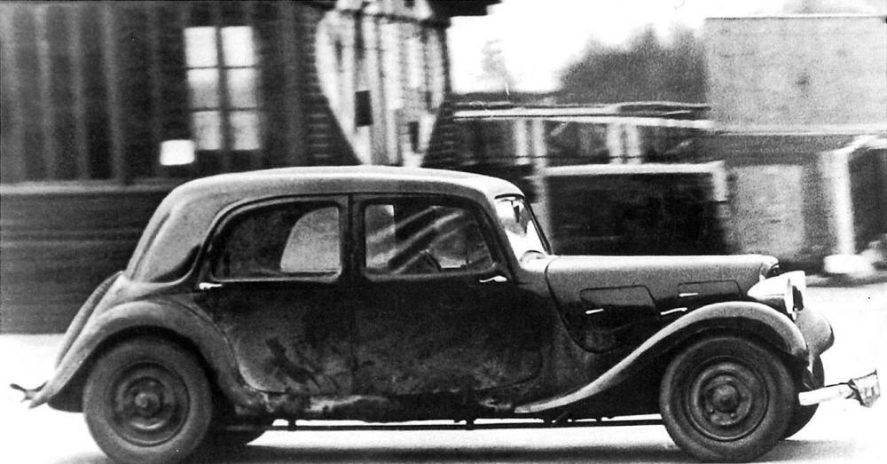 Il prototipo PV durante le prove di durata, inizio 1934